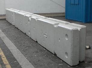 Temporary-verticle-concrete-barrier-CES.
