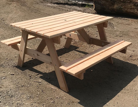 Traditional Larch Picnic Table