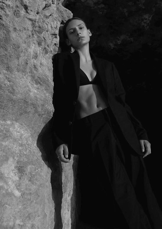 Nik-Dukic-Fashion-Editorials-Paris-Newma