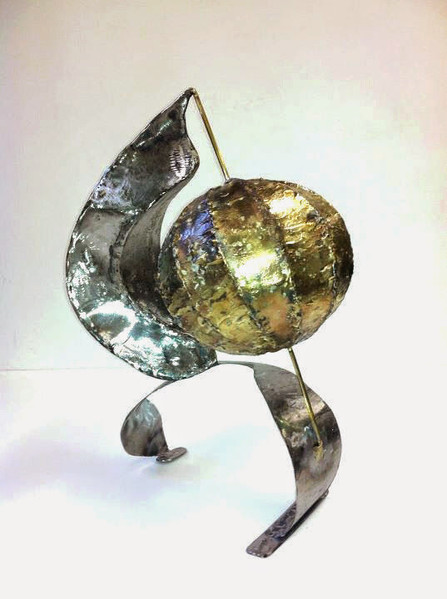 Tear Globe