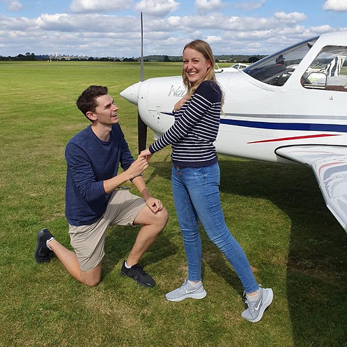 One Hour Flying Lesson Gift Voucher