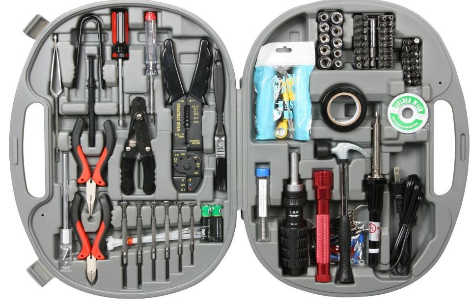 Rosewill-146-Piece-tool-kit-1