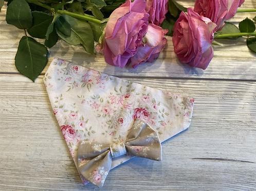 Reversible Rose print slip through collar bandana with bow