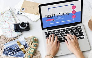 Online holiday reservation booking inter