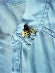 Handmade glass bee  brooch