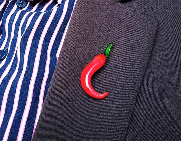 Glass chili pepper pin