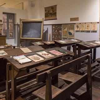 1200px-Museo_della_scuola_paolo_e_ornell