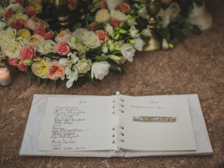 Creative Alternatives to The Traditional Wedding Guest Book