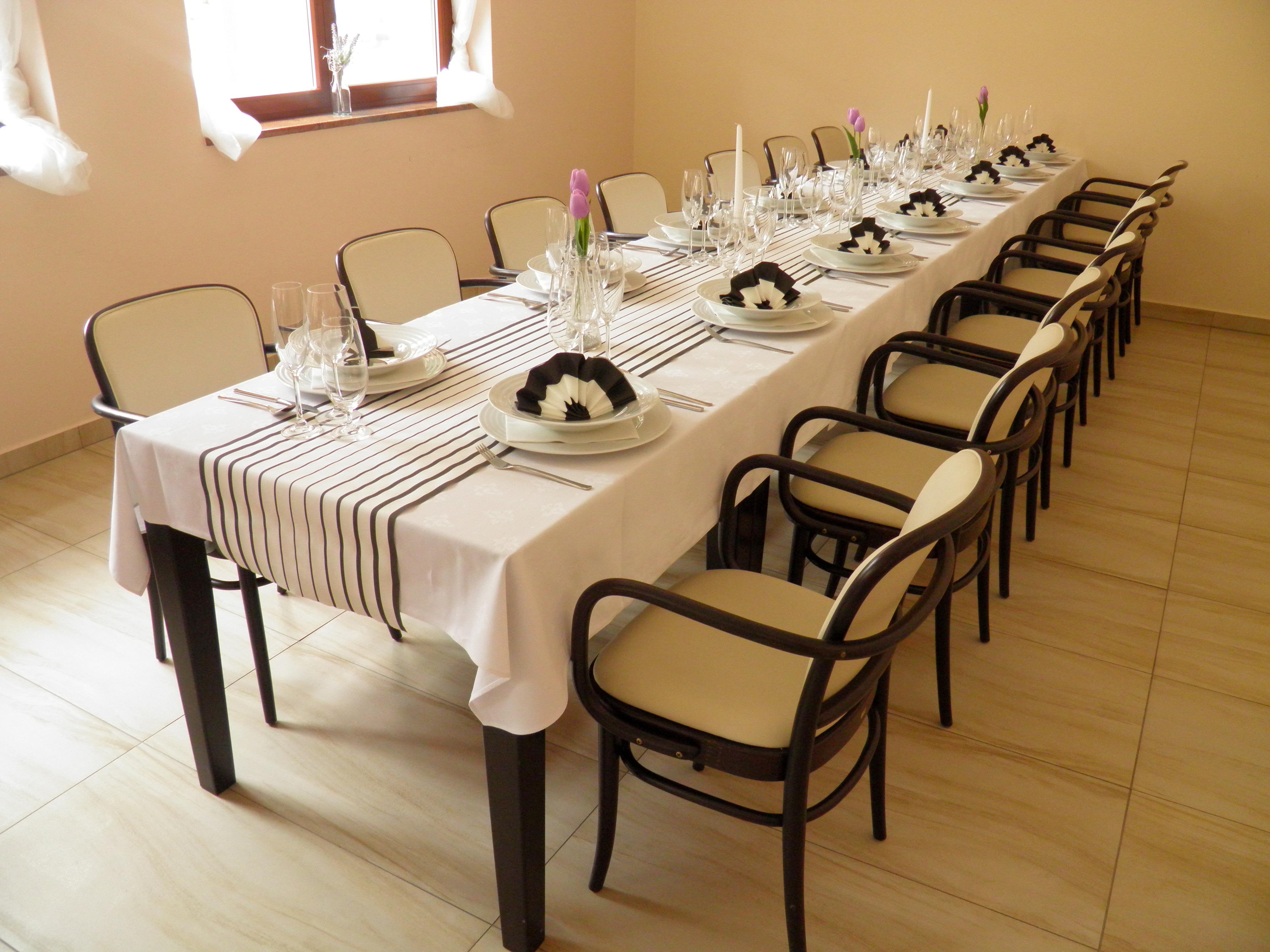 rezervace rodinná oslava