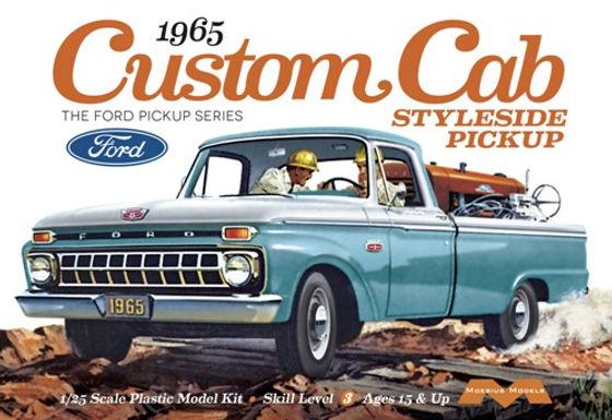 1/25 Scale 1965 Ford F-100 Custom 4x4 Pickup Plastic Model Kit
