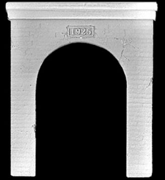 Single Antique Concrete HO Portal - FL4167