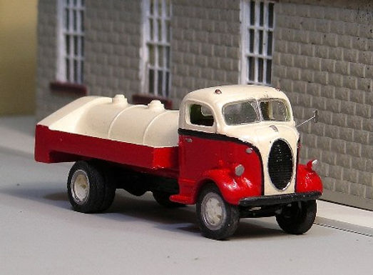 1938-39 Ford Gas Truck-V-154
