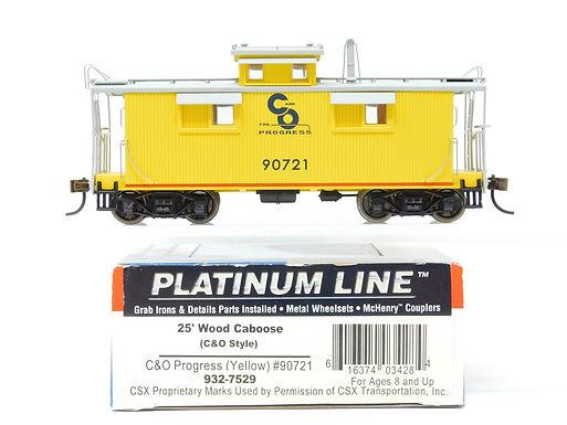 25' Wood Caboose C&O Progress (Yellow) 90721 - 932-7529