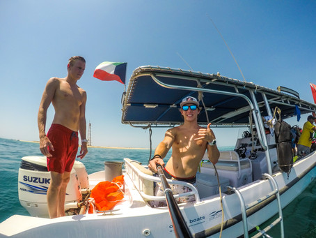 Kuwait - Dive Boat Video