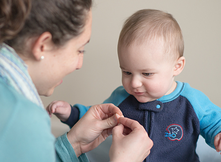 7 Basic Signs To Teach Your Baby