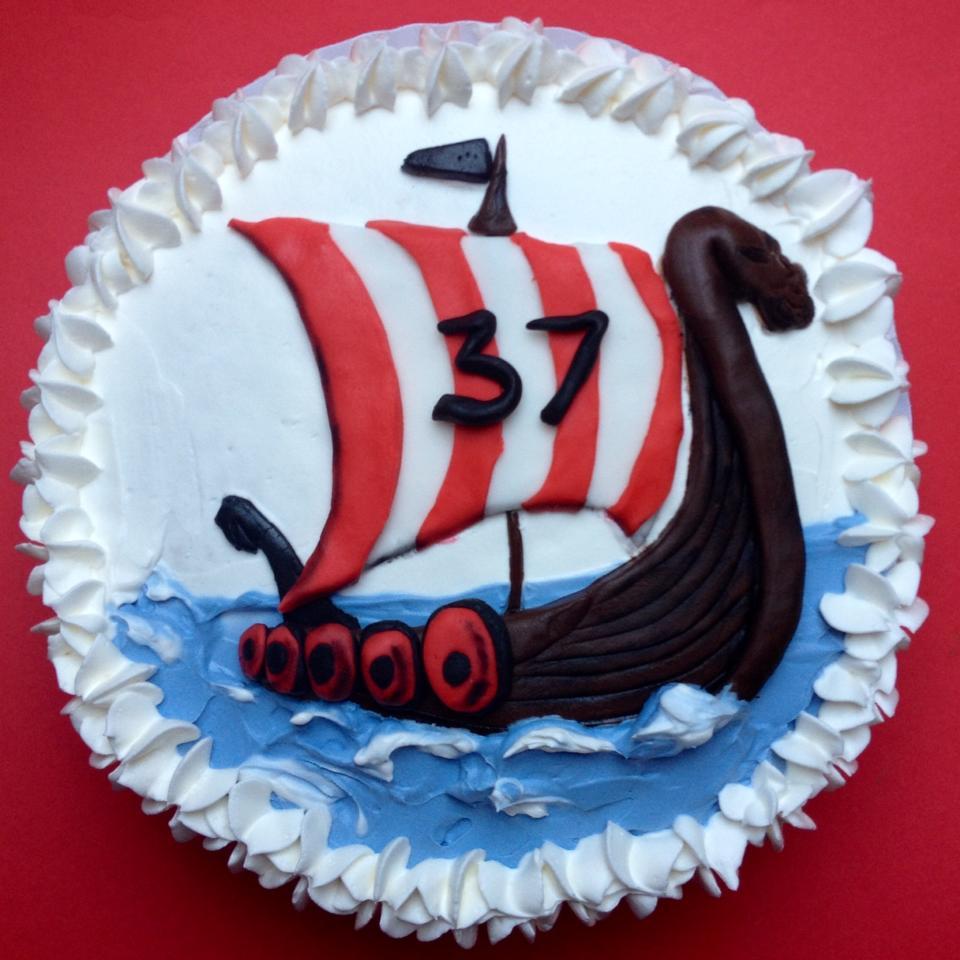 Tarta Drakkar Barco Vikingo