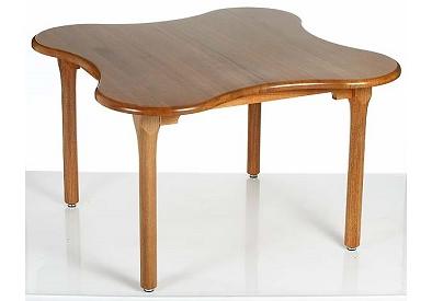 Clover Leaf table_edited.png