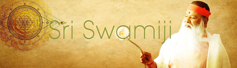 Maunaslider_Swamiji.jpg