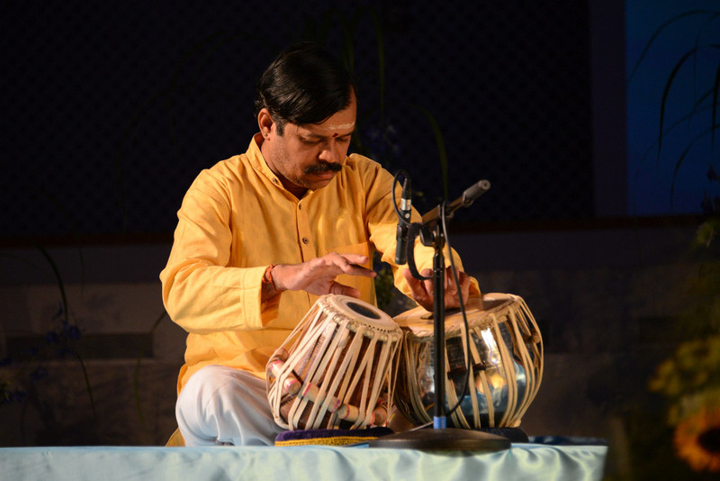 M_Tabla Mahesh Bhat Berlin 2018.jpg