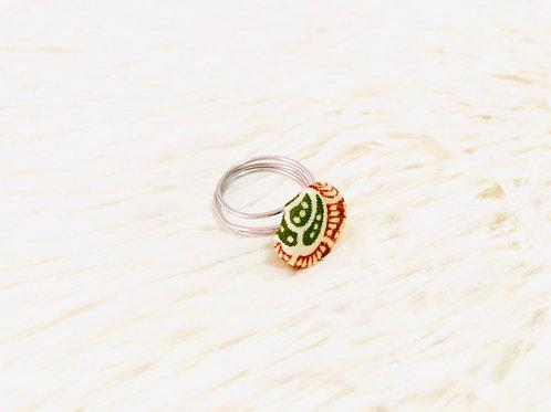 Dua Wama Green Large Ring