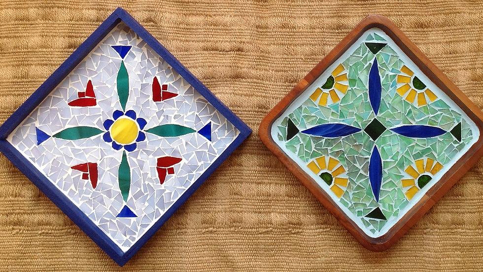 Pernakandesign mosaic tray