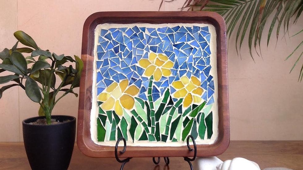Yellow Daffodils tray