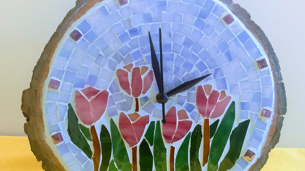 Tulips table mosaic clock