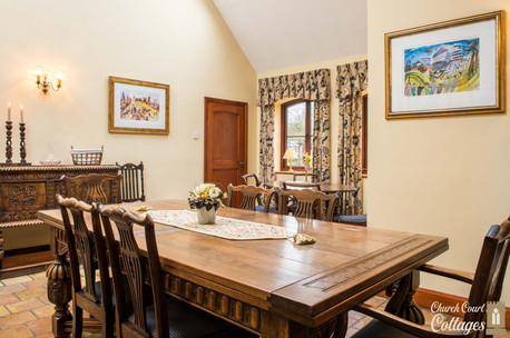 Church Court Cottages Cleeve Dining Room