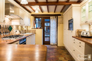 Church Court Cottages Cleeve Kitchen