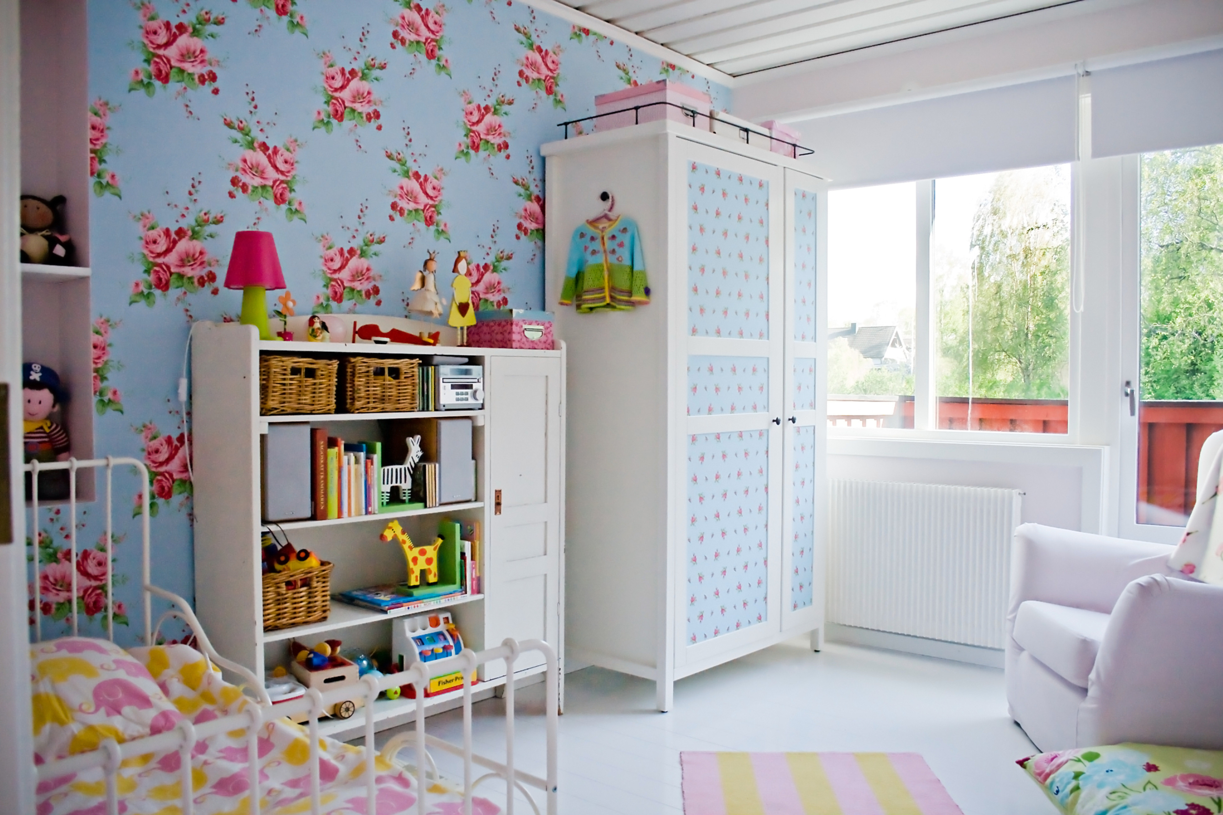 Play Room or Kids's Room Organizing