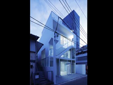 arrows aoyama.jpg