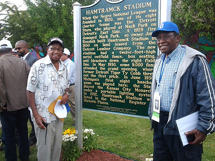 Former Negro Leaguers Ron Teasley and Pe