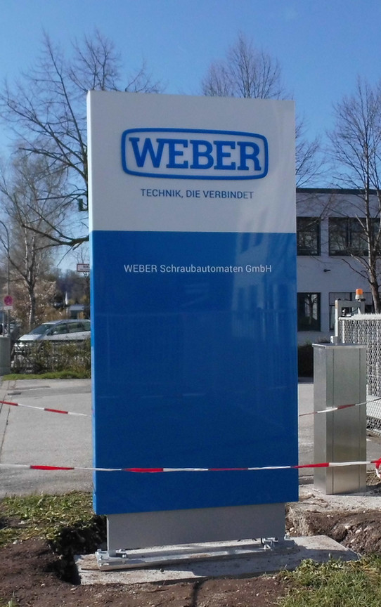 Werbepylone von Weber