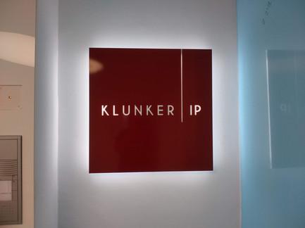 Lichttechnik für Schild von Klunker IP