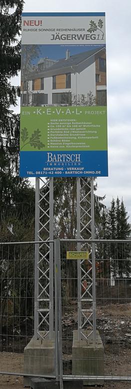 Baustellenschild errichtet von Art 4 Sign