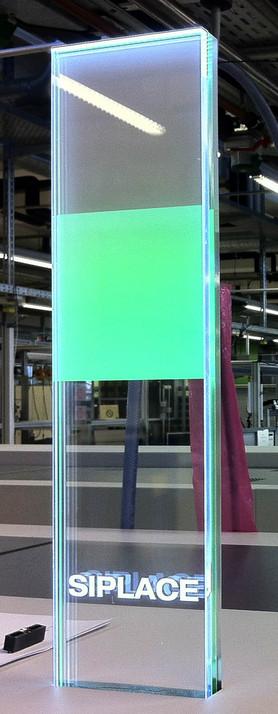 Werbepylone beleuchtet von Siplace