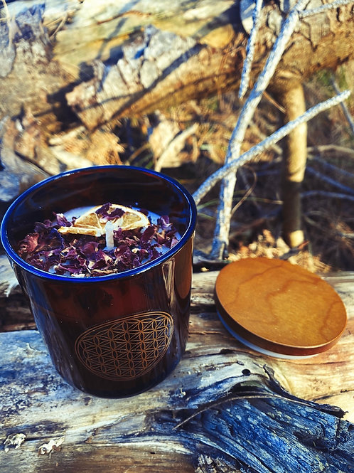 Winter moon  🌙  candle