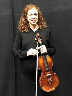 דינה שטרנברג, נגנת כינור