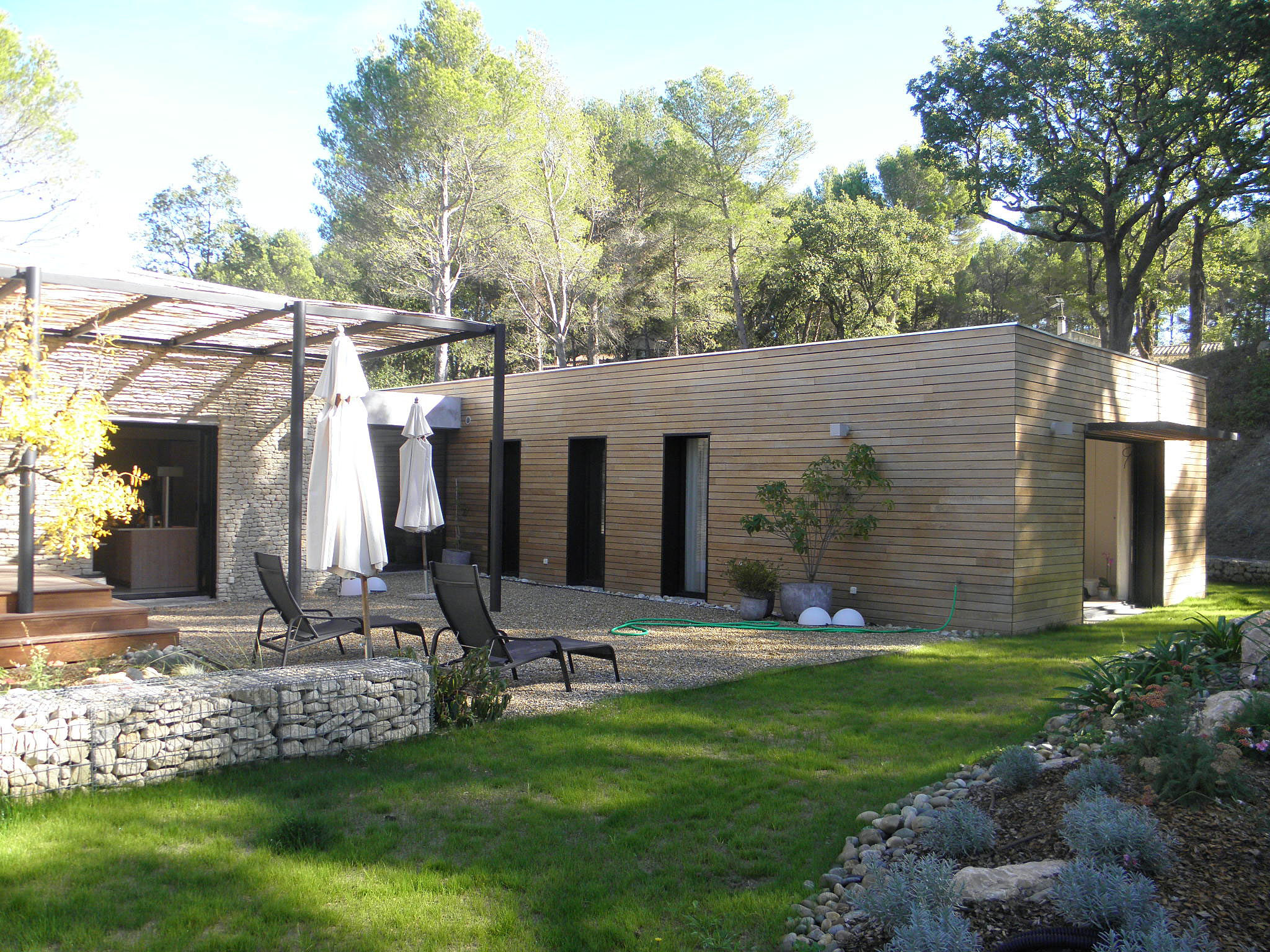 philippe gonnet architecte avignon maison contemporaine pernes. Black Bedroom Furniture Sets. Home Design Ideas