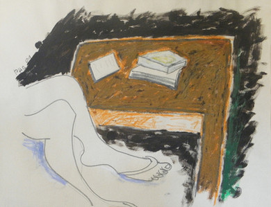 Femme table & livres