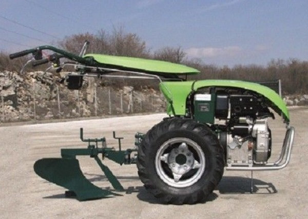 TPS Special Green 12 PS Einachser Reversierstarter
