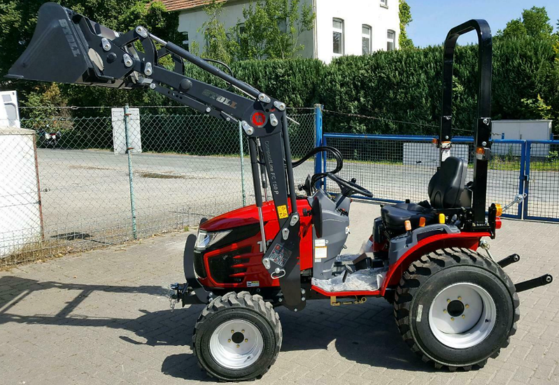 Allradtraktor TYM T 255 HST Stoll- Frontlader & Mulcher