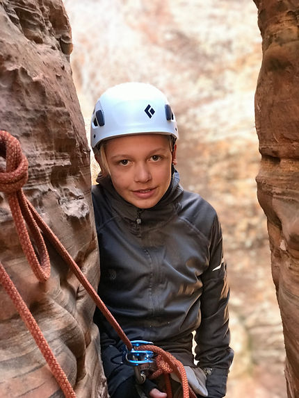 Rappelling Slot Canyon Tours
