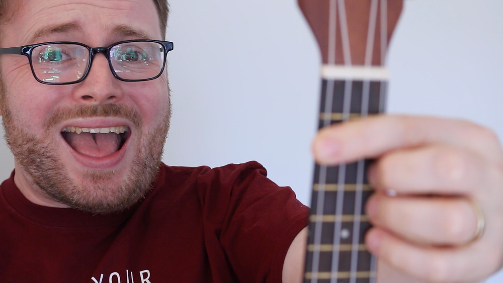Barre chords don't HAVE to be a nightmare, even if you DO have tiny hands!