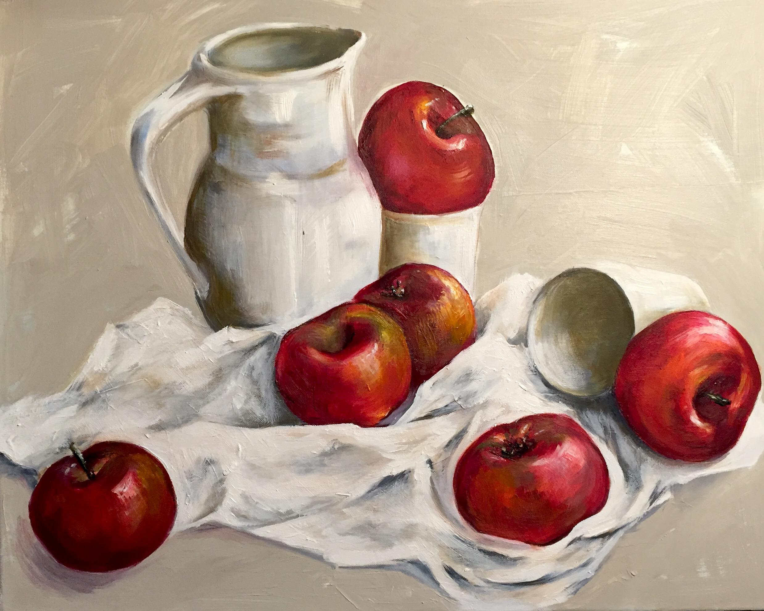 Rote Äpfeln mit Wasserkrug