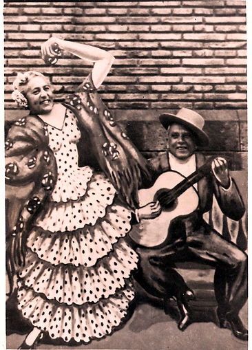 מוטי פפי  =סבא וסבתא אריך ואליזבט פינטוס