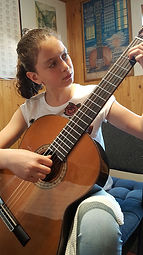Guitar lessons in Pierrefonds