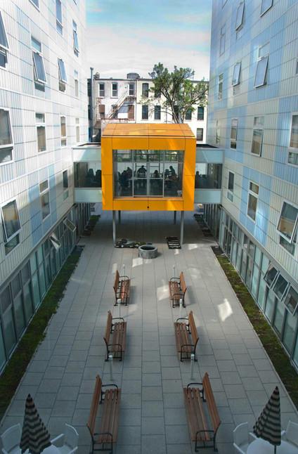 The-Domenech-courtyard (Credit Breaking