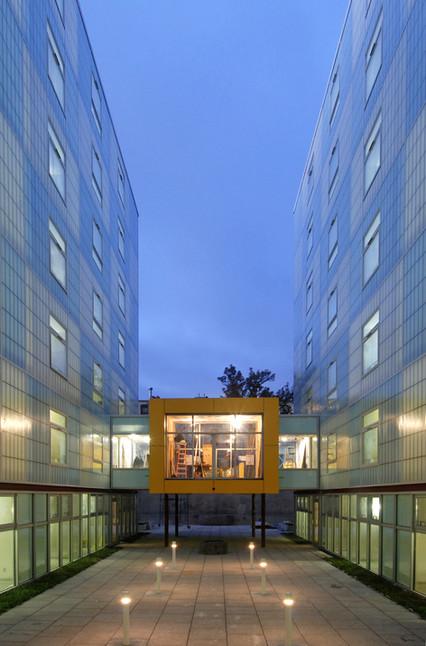 9 Courtyard 3 (Philippe Baumann).jpg