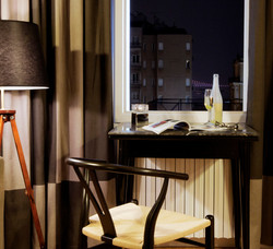urban suites hotels study desk